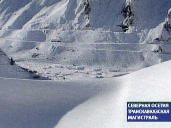 Транскавказская магистраль закрыта из-за схода снежных лавин