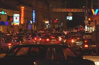 В новогоднюю ночь в Москве ограничат движение