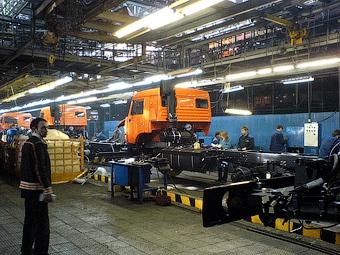 """Рабочие """"КамАЗа"""" будут строить нефтеперерабатывающий завод"""