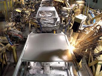 Hyundai и Kia снизят объемы производства и заморозят зарплаты