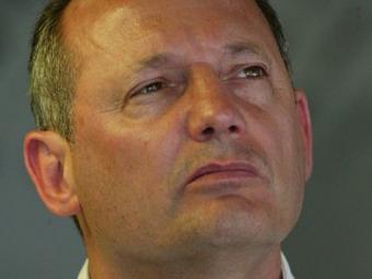 Глава команды McLaren F1 уволен