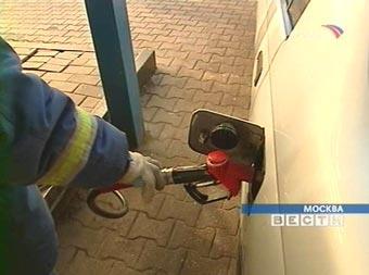 Треть российских автовладельцев продолжат ездить при любой стоимости бензина