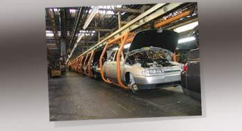 АвтоВАЗу грозит остановка главного конвейера