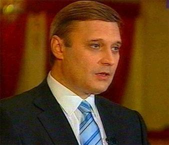Касьянов пообещал увеличить пошлины на старые иномарки