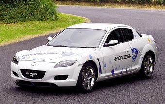 Серийный водородный автомобиль Mazda появится в 2008 году
