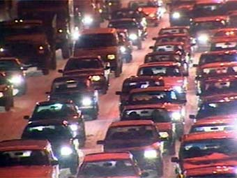 На Ленинградском шоссе в Москве образовался девятикилометровый затор