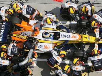 """В Renault не знают причину неудач в """"Формуле-1"""""""