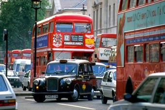 Английский суд оправдал скрывшегося нарушителя правил парковки