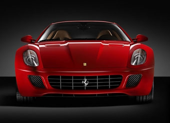 Ferrari обещает сократить очередь за суперкарами