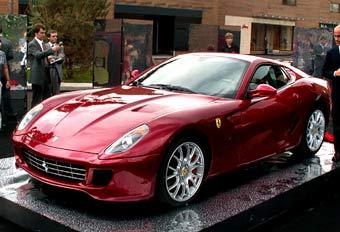Ferrari готовит систему полного привода для всех своих моделей