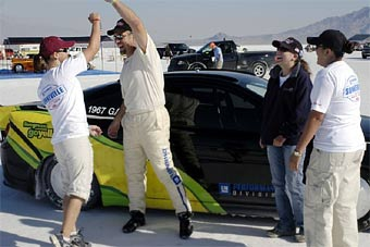 Спирт помог GM установить два мировых рекорда скорости