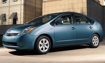 Toyota готовит семейство гибридных машин на базе Prius