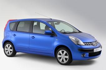 За год Nissan продал 100 тысяч минивэнов Note