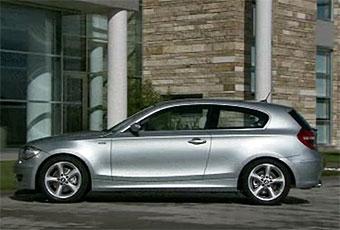 Обновленную и трехдверную версии BMW 1-Series покажут в Женеве
