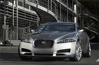 Jaguar XF получит линейку компрессорных моторов