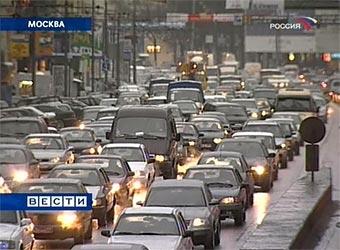 В Москве заделали 25 тысяч квадратных метров ям