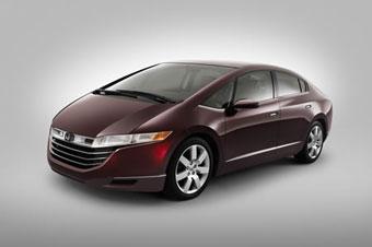 Водородная Honda появится в продаже в 2008 году