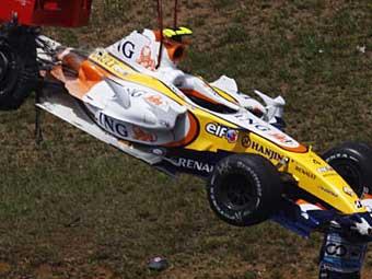 McLaren обвинил Renault в шпионаже
