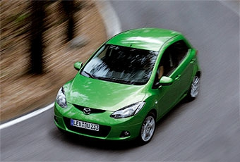 Mazda2 появится в трехдверном варианте