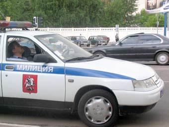 В Москве идет милицейская погоня за серебристой BMW-525