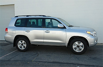 Новый Toyota Land Cruiser готов к премьере