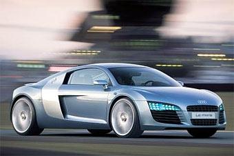 Audi планирует выпускать открытую версию суперкара R8