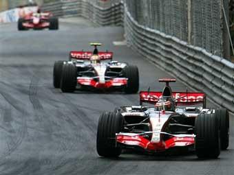 "Босс ""Формулы-1"" намерен наказать McLaren за тактику на Гран-при Монако"
