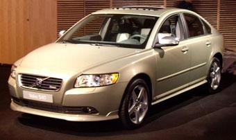 Volvo разработала спорт-пакет для моделей S40 и V50