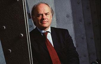 Глава Bugatti Томас Бшер подал в отставку