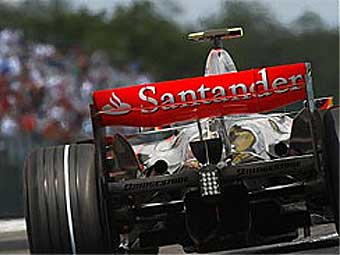 McLaren попал под следствие FIA из-за легкой коробки передач