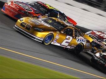 Гонки NASCAR будут проходить во всем мире