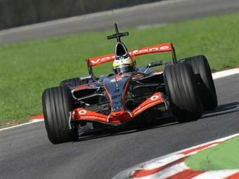 McLaren оштрафован за нарушение технического регламента