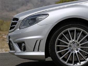 Mercedes CL63 AMG представят в Париже