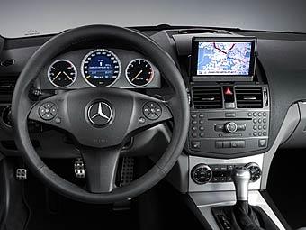 Mercedes-Benz начинает продажи навигационной системы в России