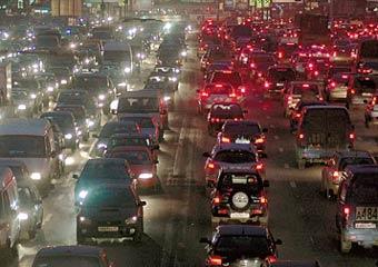 На трассе Москва - Санкт-Петербург образовалась 25-километровая пробка