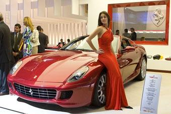 Из-за китайцев и россиян американцы ждут Ferrari два года
