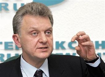 Виктор Христенко переизбран председателем совета директоров КамАЗа