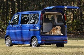 Honda представила автомобиль для владельцев собак