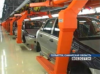 """В 2006 году """"АвтоВАЗ"""" увеличил производство и снизил продажи"""