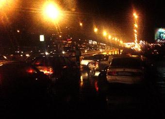 Алтуфьевское шоссе перекрыл упавший столб
