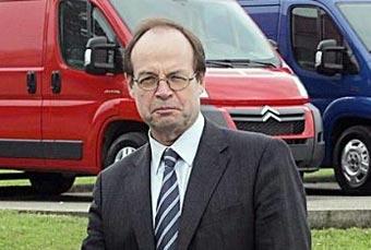 Глава PSA уйдет на пенсию в январе 2007 года