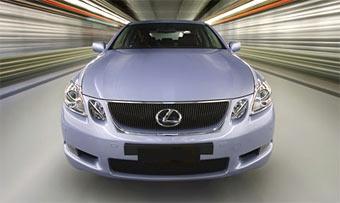 """""""Горячие"""" модели Lexus получат приставку """"F"""" к своему имени"""
