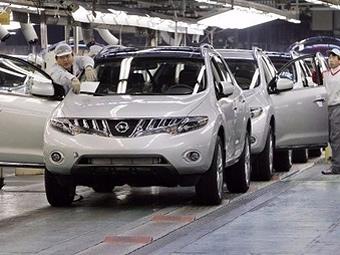 Nissan приостановит производство из-за вулкана