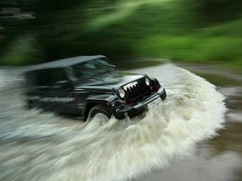 Jeep не собирается делиться платформой Wrangler с Fiat