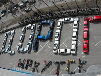Водители Иркутска провели акцию протеста космического масштаба