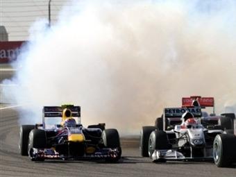 В Mercedes побоялись поставлять моторы команде Red Bull Racing