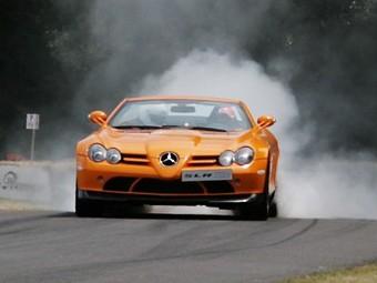 Полиция Австралии конфисковала Mercedes-Benz Льюиса Хэмилтона