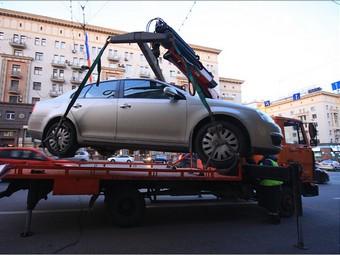 За утилизацию эвакуированных автомобилей чиновника будут судить повторно
