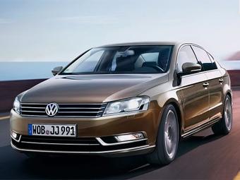 Новый VW Passat покажут ближайшей осенью