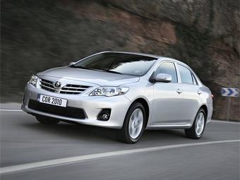 Компания Toyota представила обновленный седан Corolla